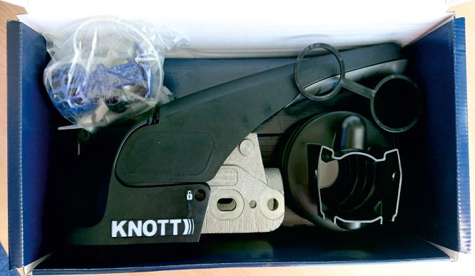 Cuplă remorcare remorci cu stabilizator KNOTT KS30 3000kg fi 50 M14/M14/M12
