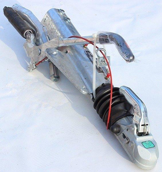 Frână inerțială pentru remorci auto - KNOTT KF27 2700kg